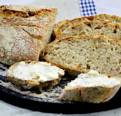 chleb razowy bez wyrabiania