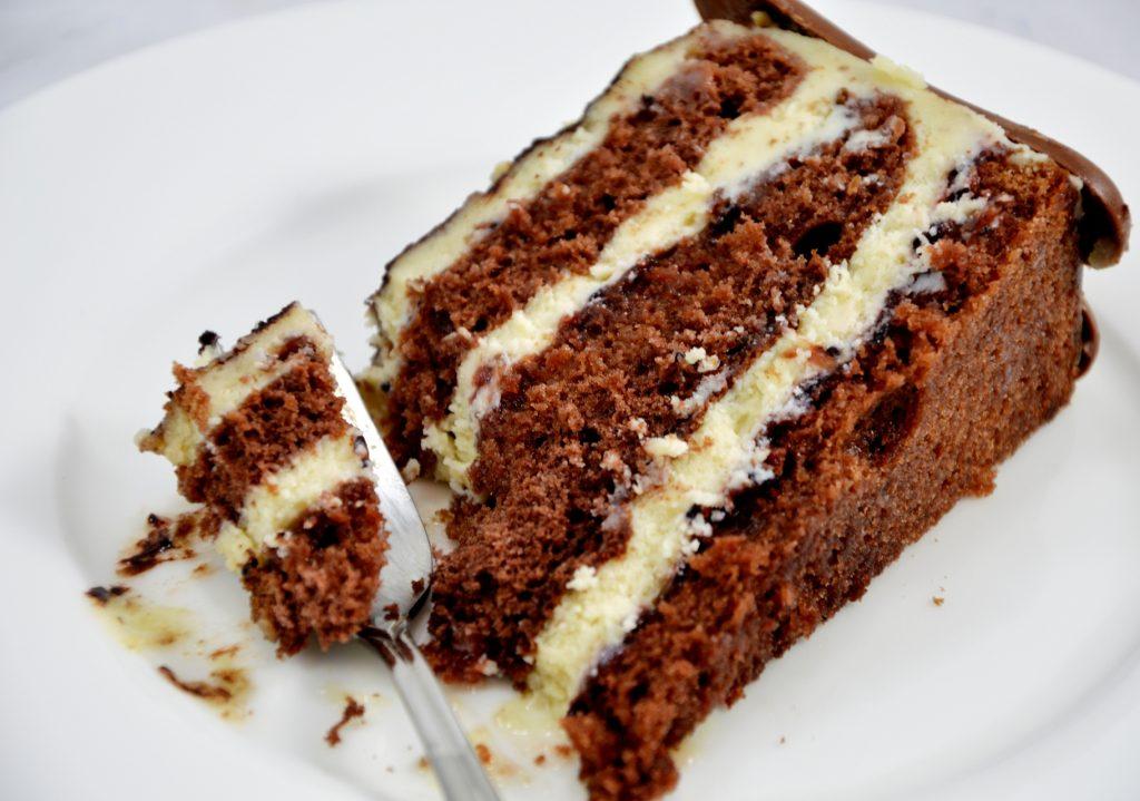 tort chałwowo-porzeczkowy