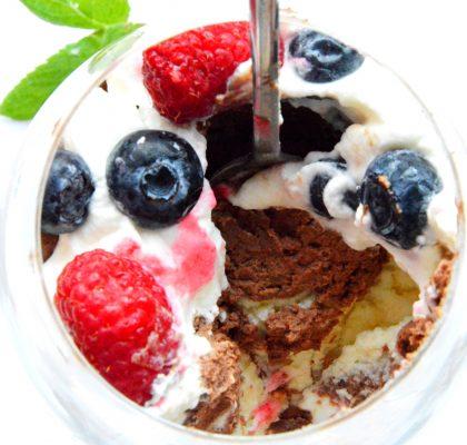 deser z biała i gorzka czekolada