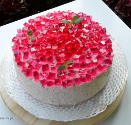 Tort smietankowo-malinowy z galaretka