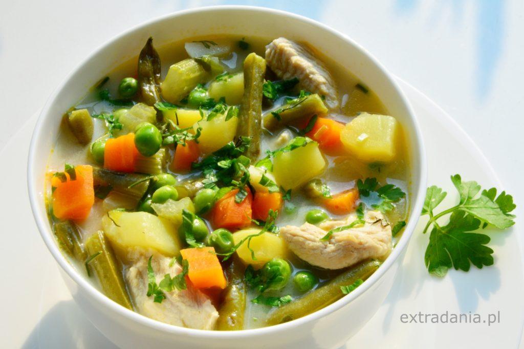 zupa-jarzynowa-z-indykiem