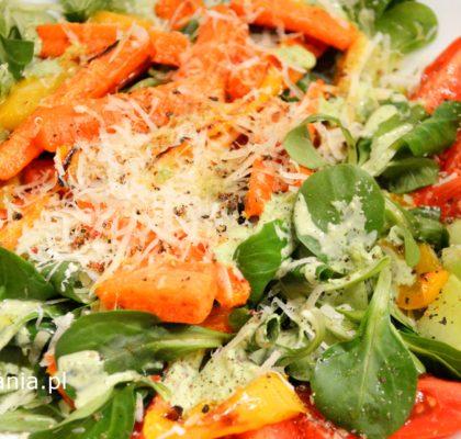 salatka-z-pieczonymi-warzywami