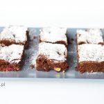 Brownie z malinami i białą czekoladą