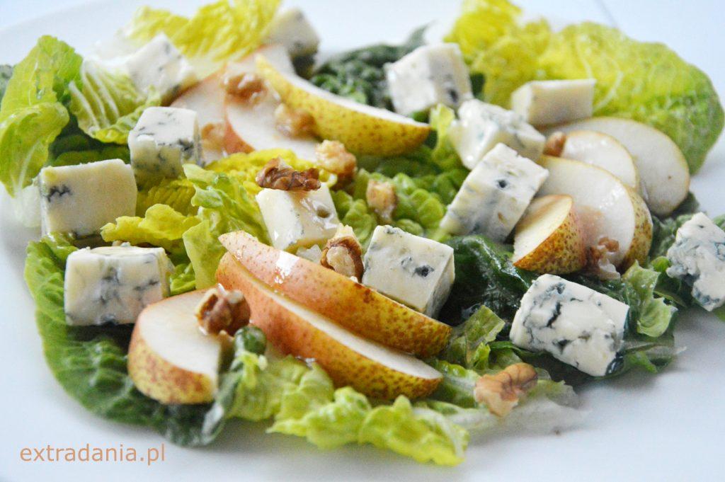 salatka z gruszka i serem plesniowym