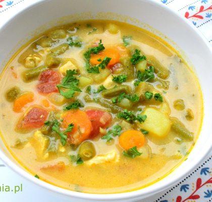 letnia zupa z fasolki szparagowej