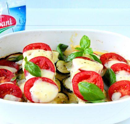 ryba zapiekana z cukinia pomidorami i mozzarella